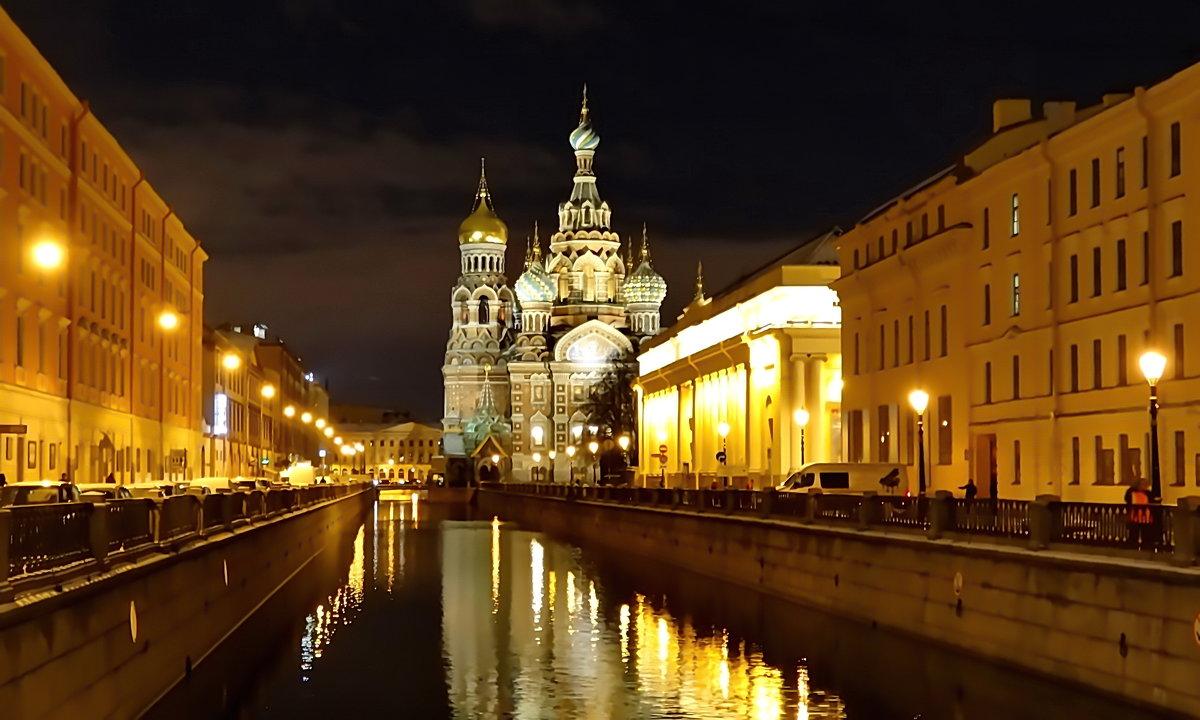 Свет над городом - Владимир Гилясев