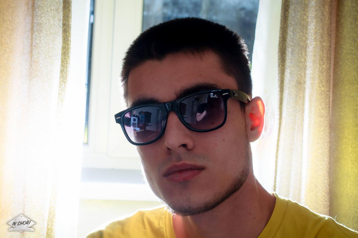 https://vk.com/khrec - Иван (Evan) Третьяков