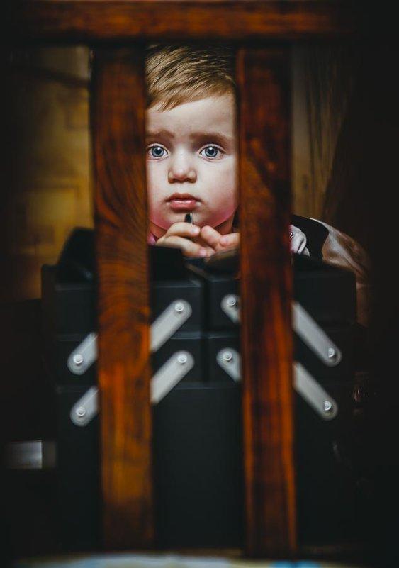 """детство из-за """" решетки """" - Sergey Pechenkin"""