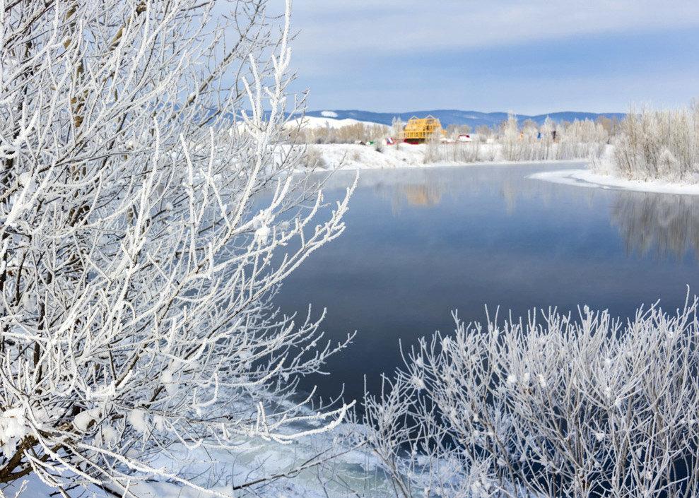У незамерзающей реки - Любовь Потеряхина