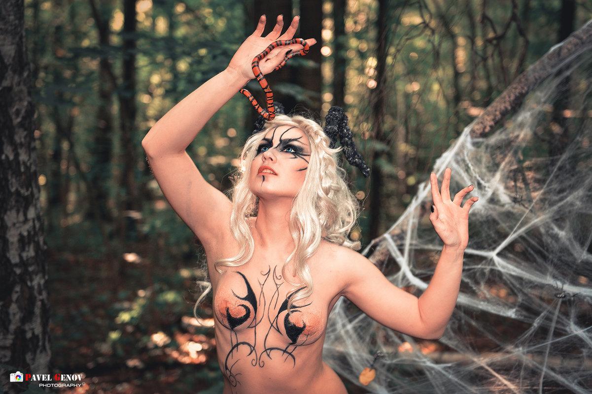 beautiful witch - Павел Генов