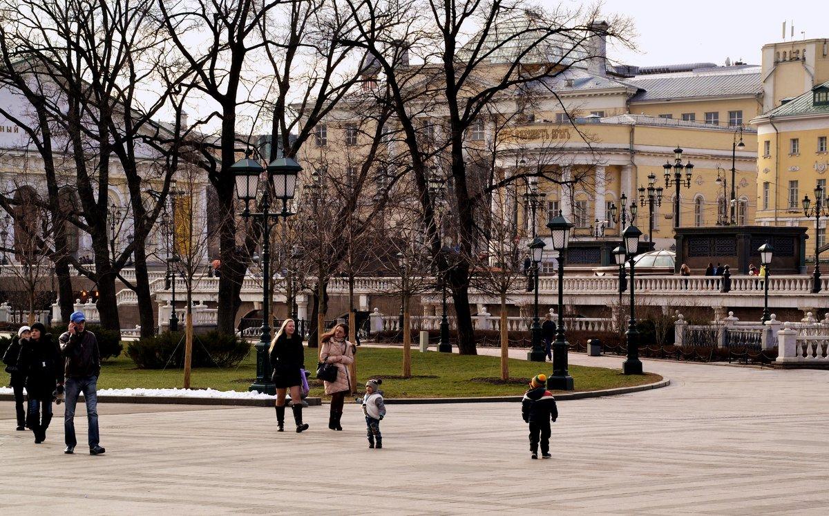 Манежная площадь - Владимир Болдырев