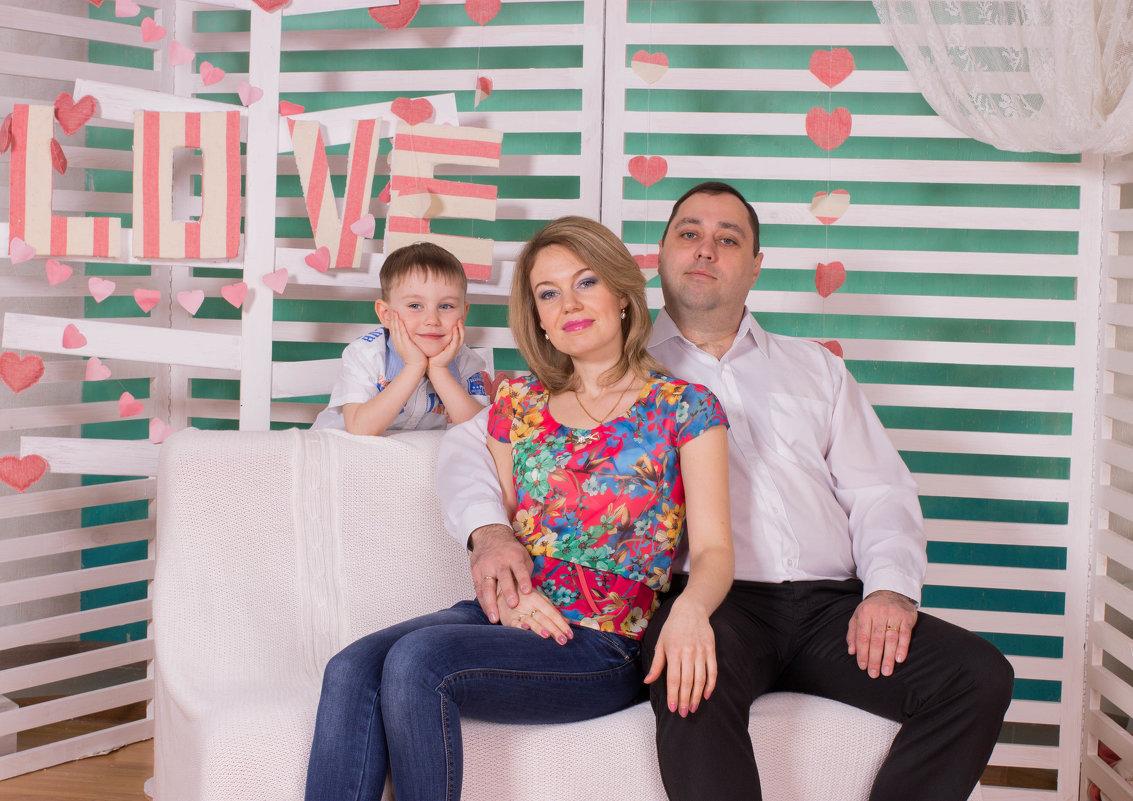 семья - Есения Censored