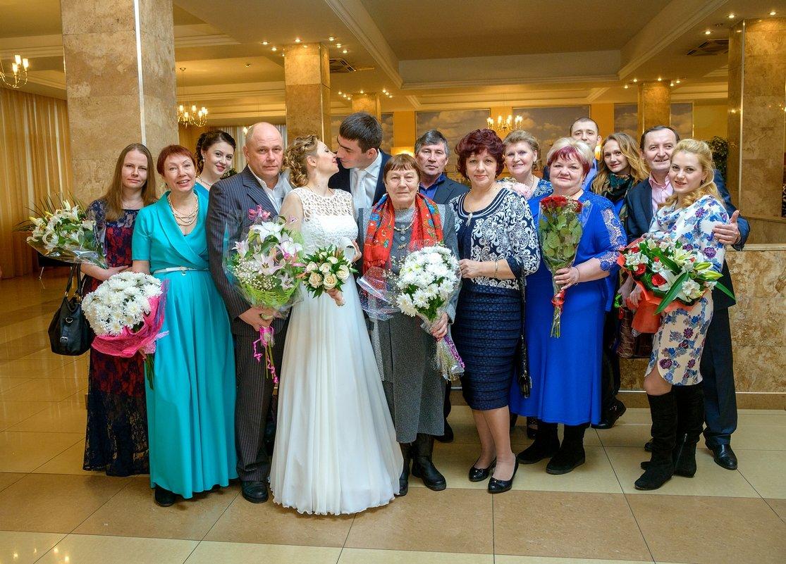 Свадьба еще не начала петь и плясать - Надежда Макарова