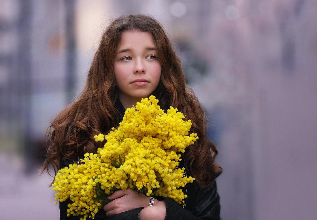 С мимозами... - Анна Корсакова