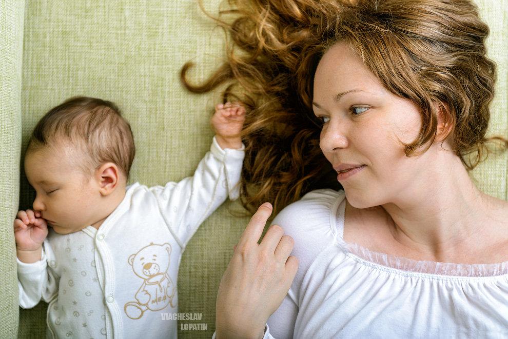 Мать с ребенком - Вячеслав Лопатин