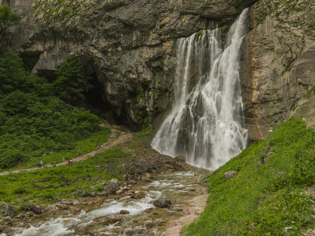 Картинки по запросу абхазия Гегских водопадов