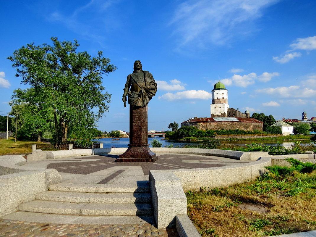 Памятник графу Ф.Апраксину - Светлана Петошина