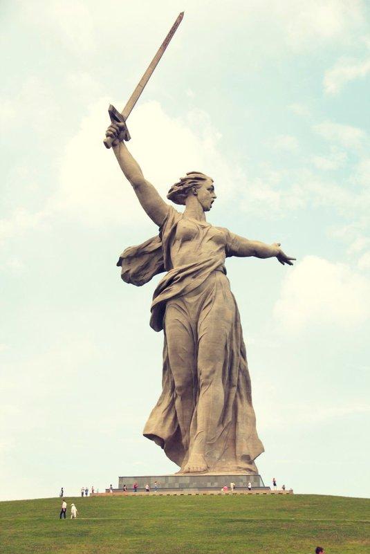 Родина Мать - Ольга Чирятникова