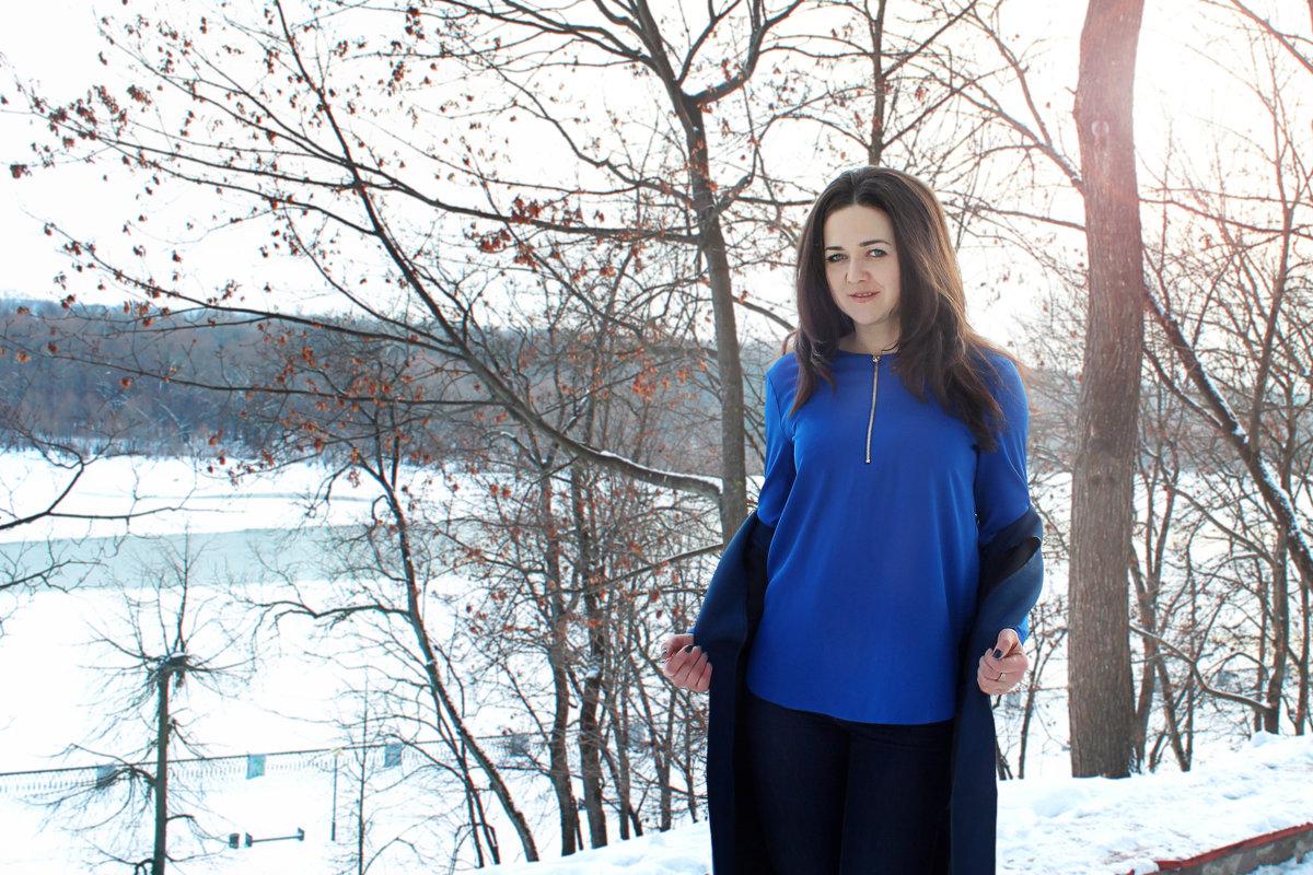 *** - Julia Novik