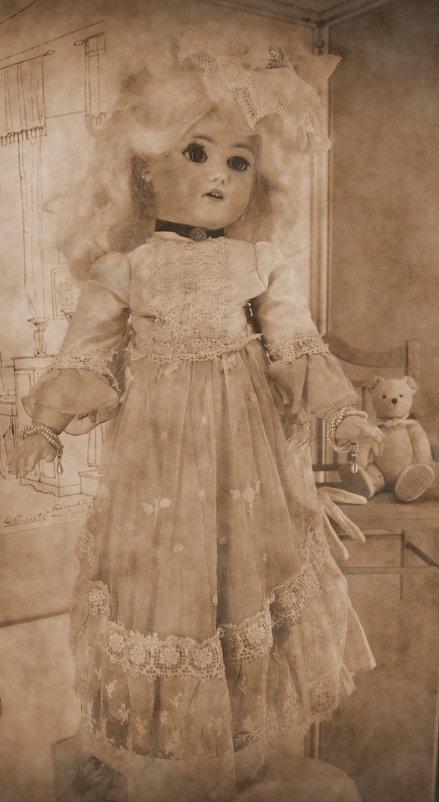 Старинная кукла - Ростислав