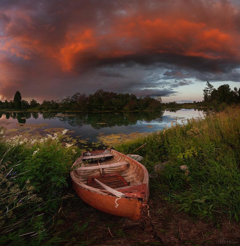 Про небо и берег - Виталий Истомин