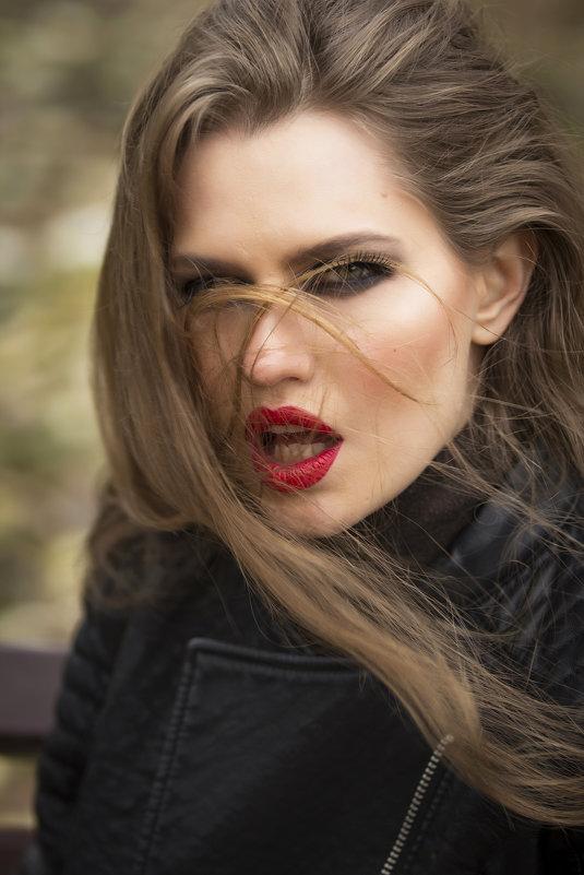 beauty - alexia Frame