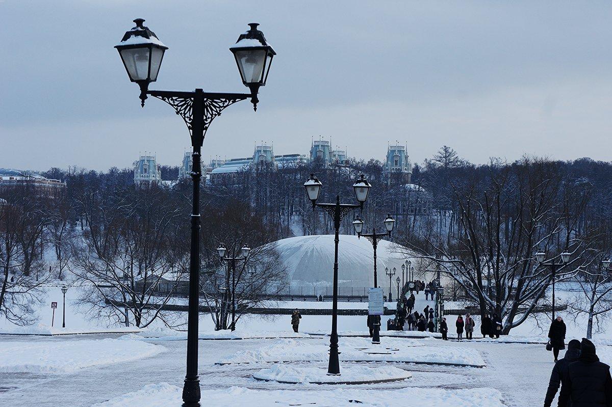 Вид на главный дворец, фонтан, мост - Елена Павлова (Смолова)