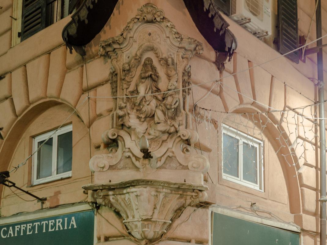 Элементы архитектуры Генуя - Witalij Loewin