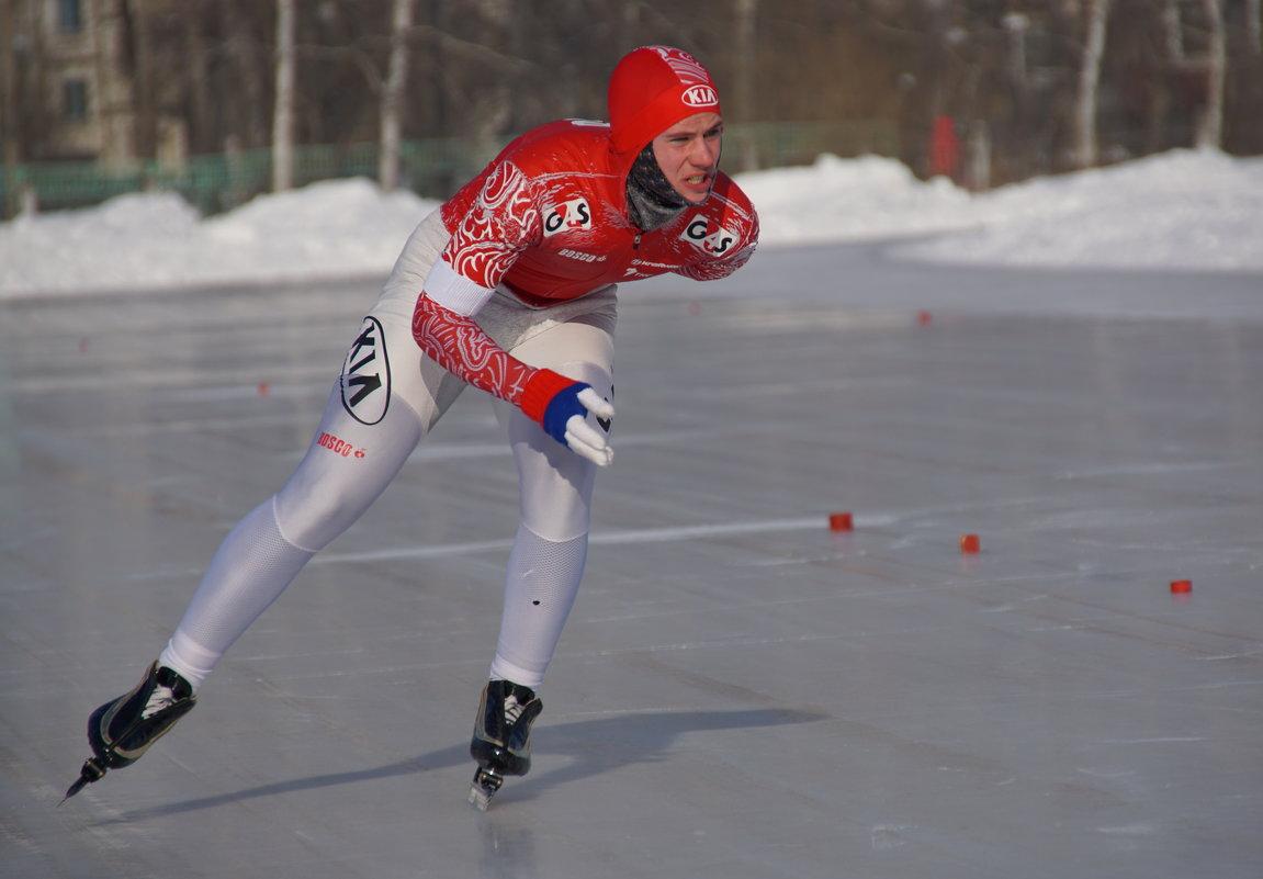 Эти ноги у Динамо - Андрей Горячев