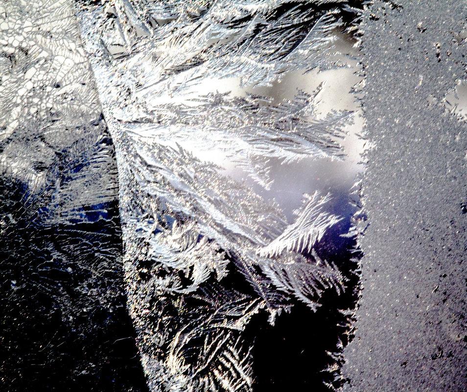мороз рисует на стекле! - Евгений Воронков