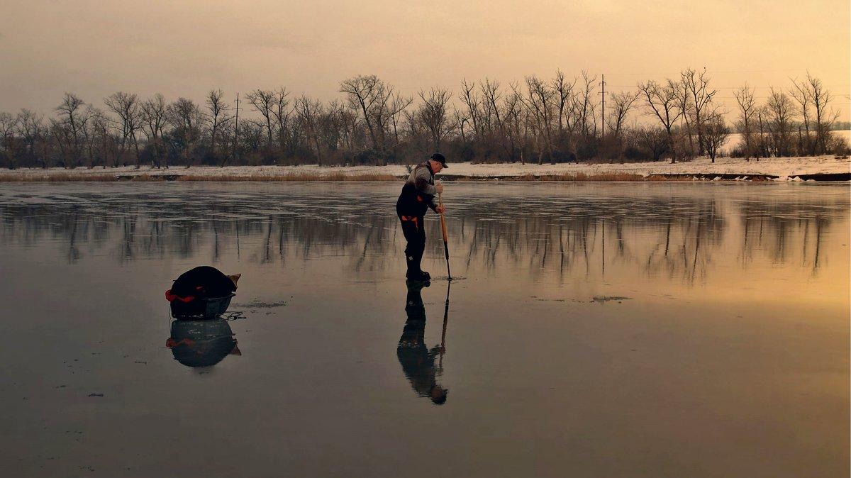 По тонкому льду.... - евгения