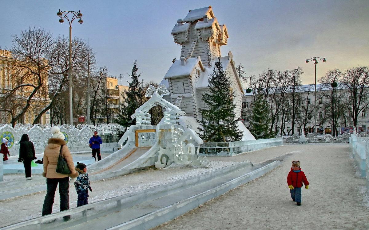 Фрагмент ледового городка. - Пётр Сесекин