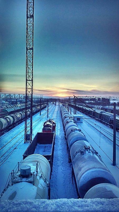 Рассвет на железной дороге - Ольга Осовская
