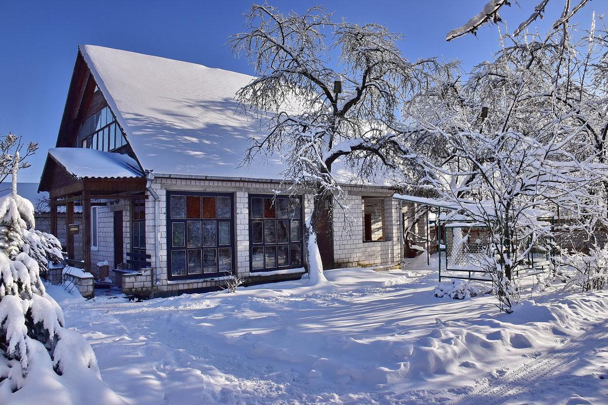 Зима  во  дворе. - Валера39 Василевский.