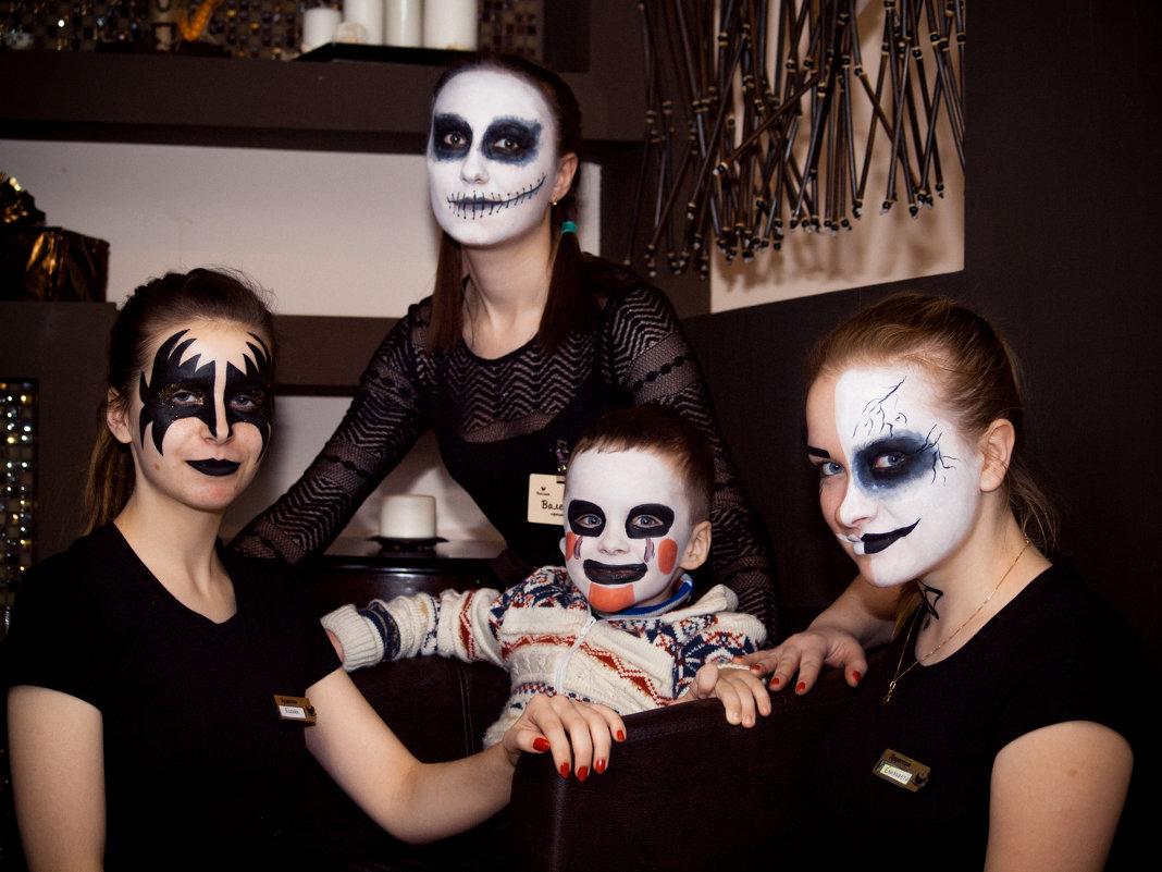 Страшный Клоун. Часть 2 - Олег Маленький