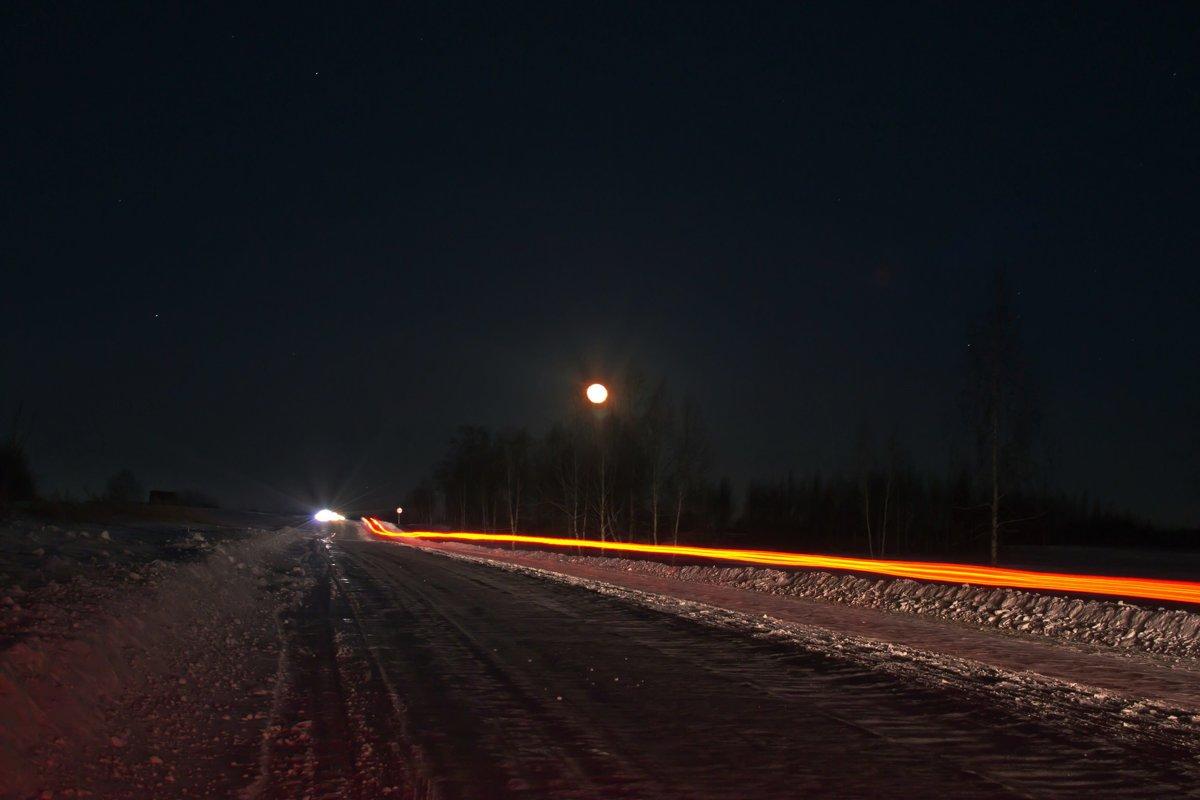 Большак под восходящей луной. - cfysx