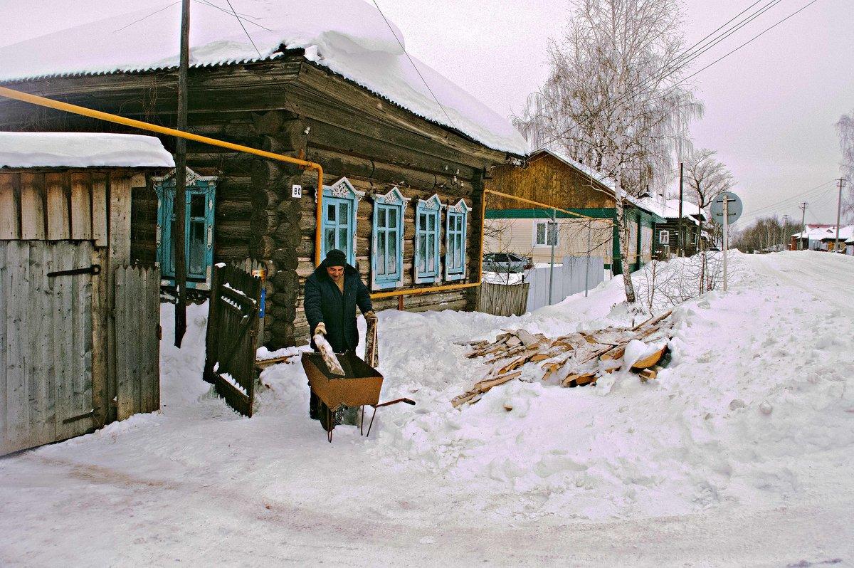 Готовь сани летом, а дрова заранее за две зимы ... - Владимир Хиль