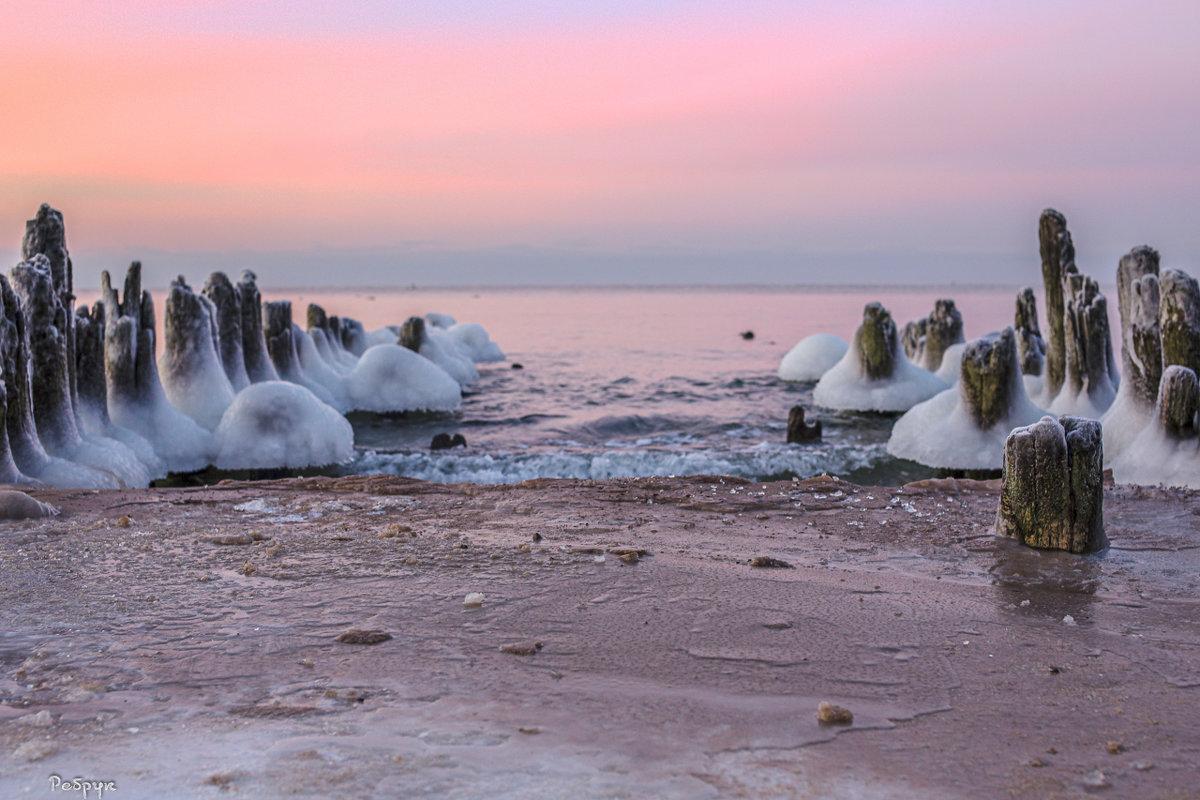 вода и лёд, море, свет и закат, начало и конец... - Павел Ребрук