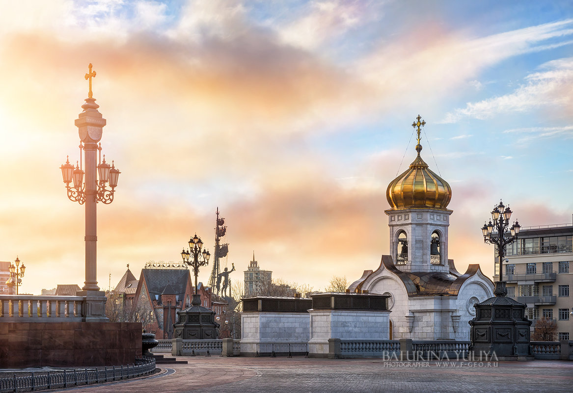 И Петр над городом плывет - Юлия Батурина