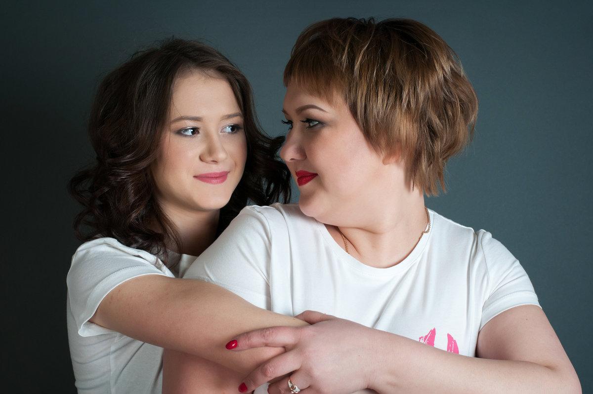 Мама с дочкой - Мария Сидорова