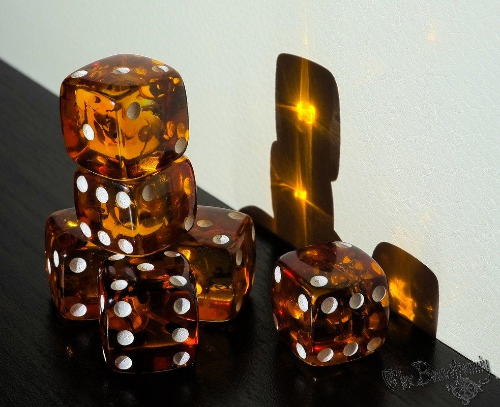 Янтарные кости Судьбы - Alex Bezvetrenniy