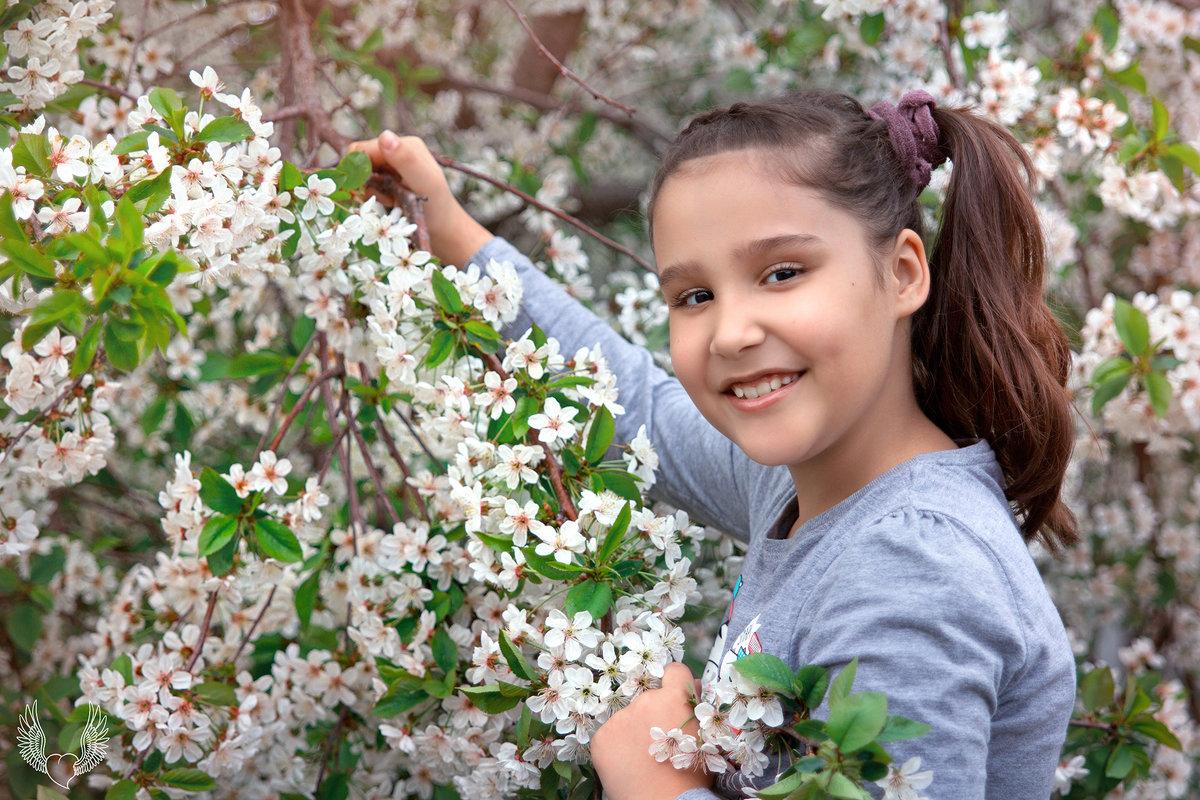 сохраняем весну в памяти, красиво ) - Райская птица Бородина