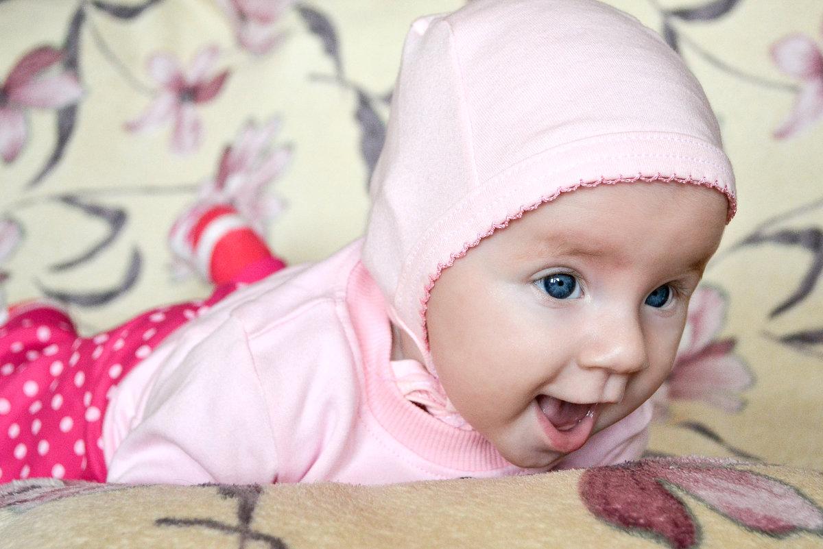 Сашка. 3 месяца - Алена Понедельник