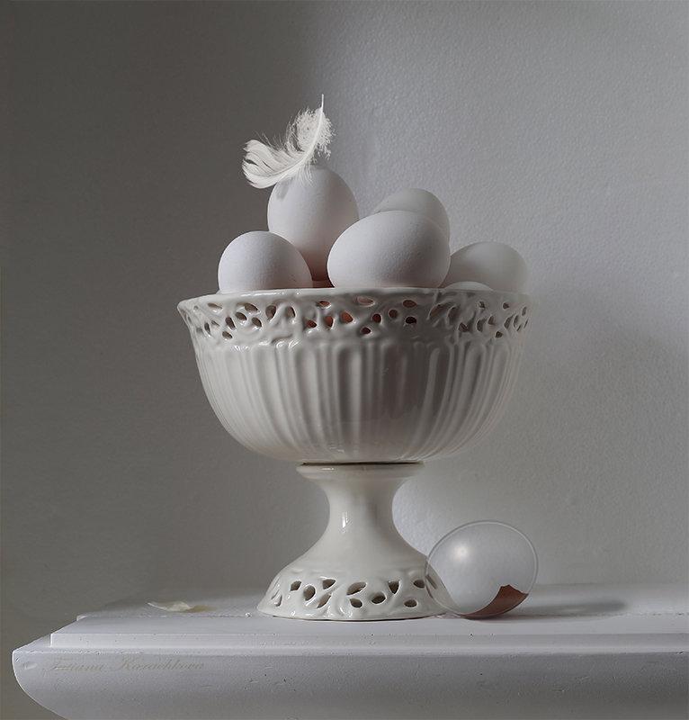 Этюд с яйцами №3 - Татьяна Карачкова