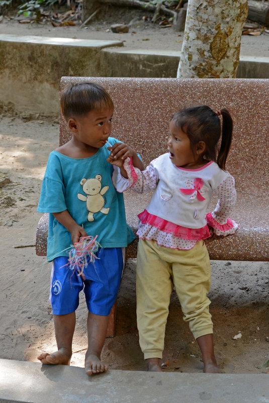 Дети Камбоджи - Виктор Льготин