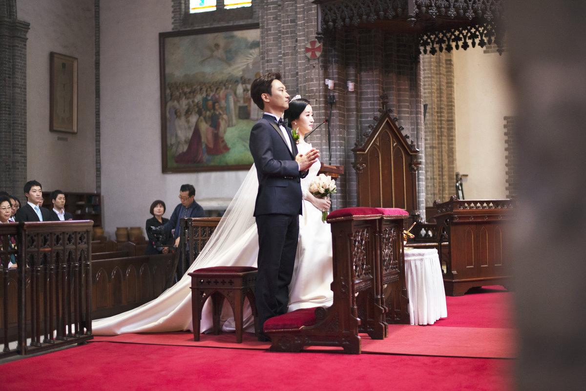 Свадьба в католическом саборе,г.Сеул. - Евгений Подложнюк