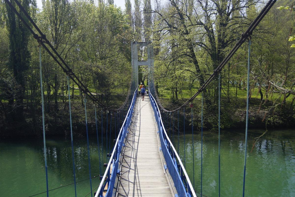 подвесной мостик - Виктория Попова