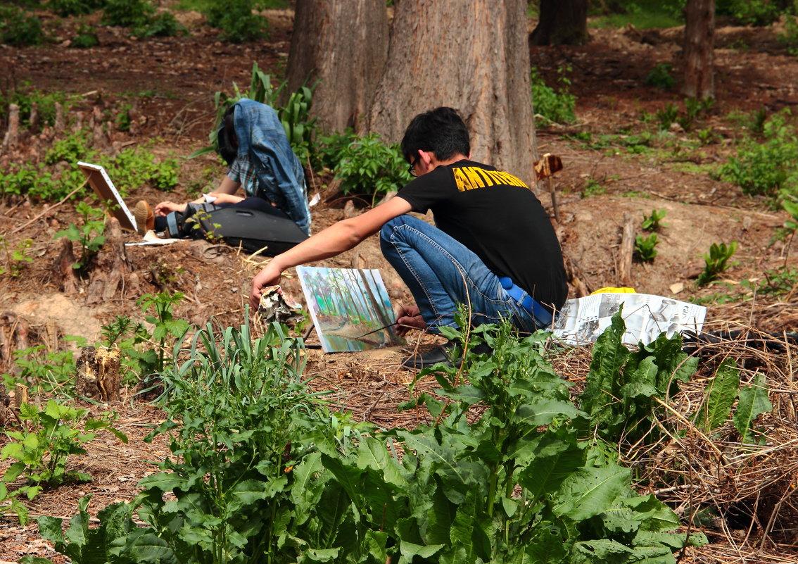 Юные художники в ботаническом саду - Светлана