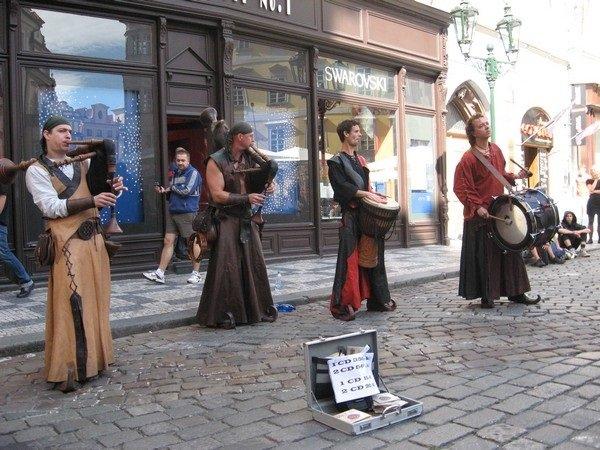 Уличные музыканты - Alena Cyargeenka