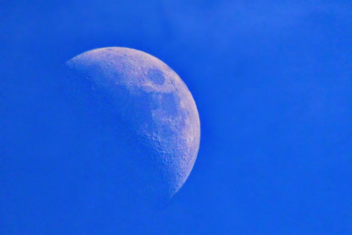 vit5  луна днём - Vitaly Faiv