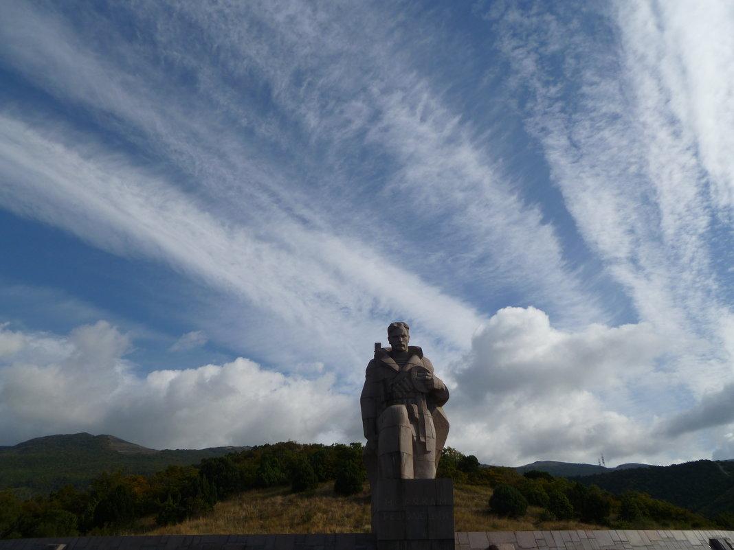 Новороссийск, памятник морякам революции - Balakhnina Irina