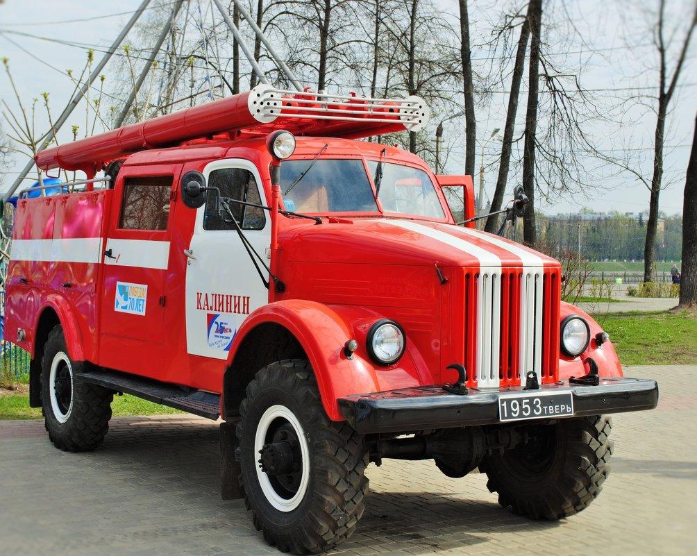 Раритет пожарной машины 1953 год - Иван Нищун