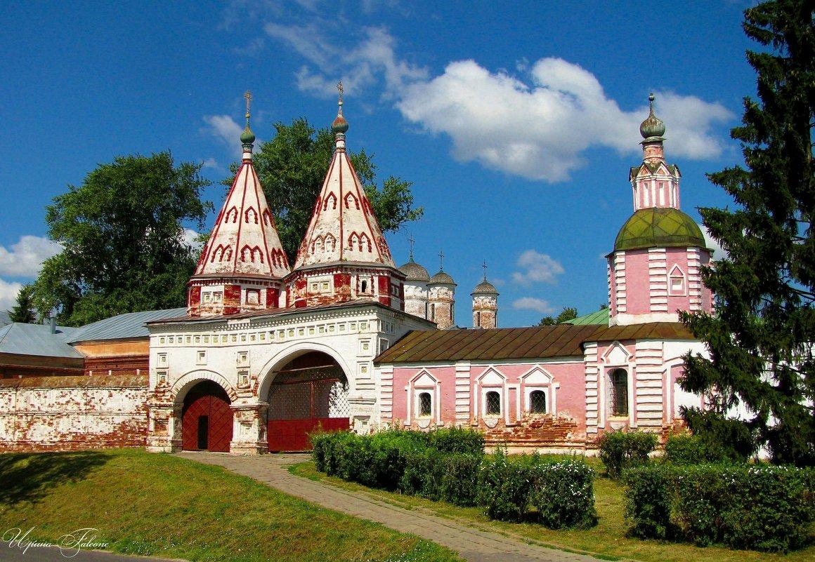 Суздаль. Свято-Ризоположенский женский монастырь - Ирина Falcone