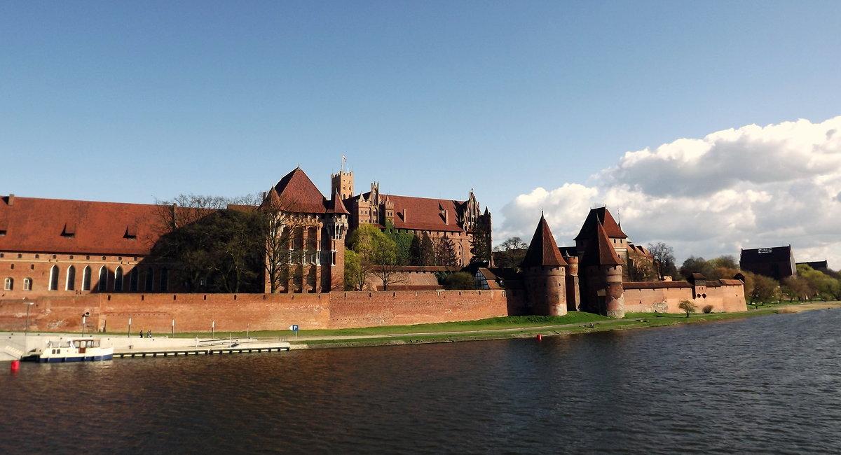 Старый Замок.. - Эдвард Фогель