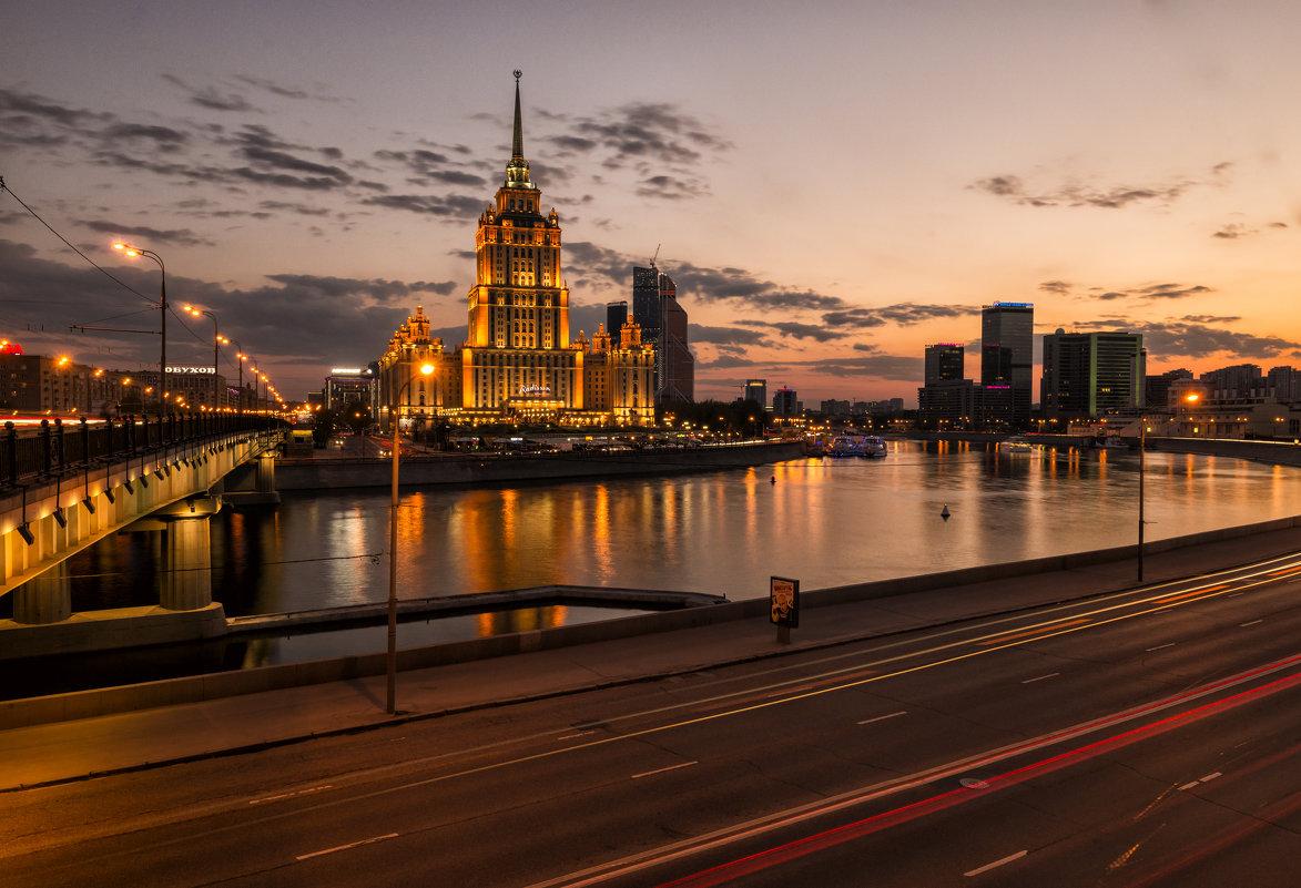 гостиница Украина - Вадим Жирков
