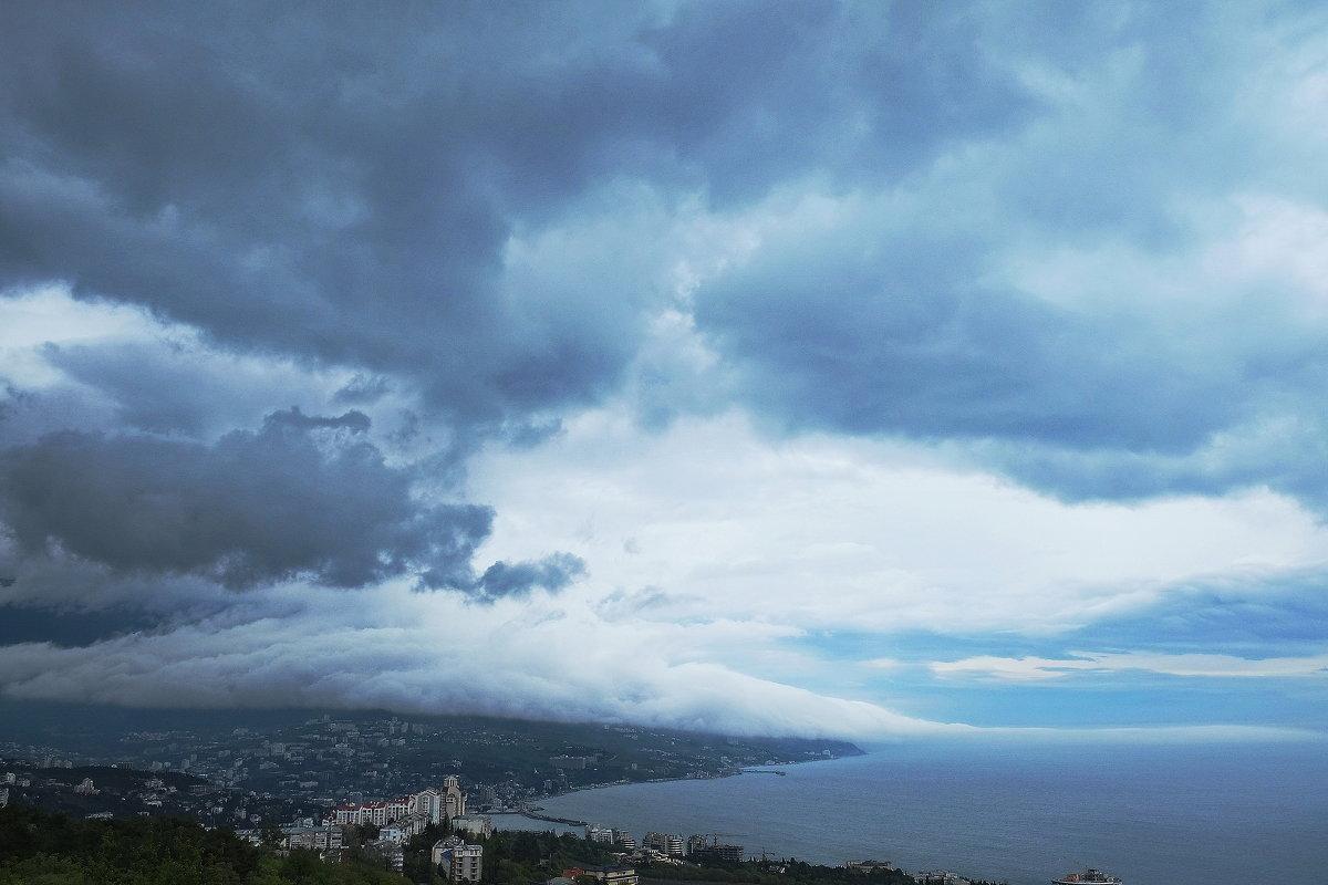 Небо над Ялтой - M Marikfoto