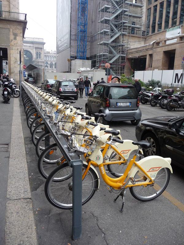 Экологический транспорт.Милан окт 2010г - Alexey YakovLev