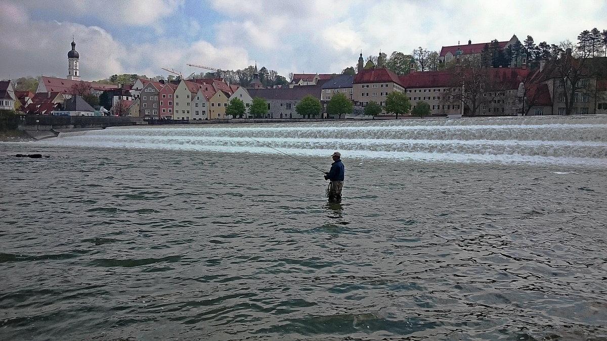 Ловись рыбка ... - Владимир Икомацких