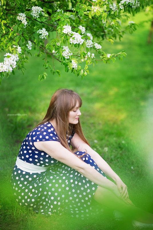 Один раз в год сады цветут - Mila Popova